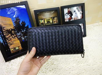 Bottega Veneta Intrecciato Calfskin Zip Around Wallet BV5815 Black