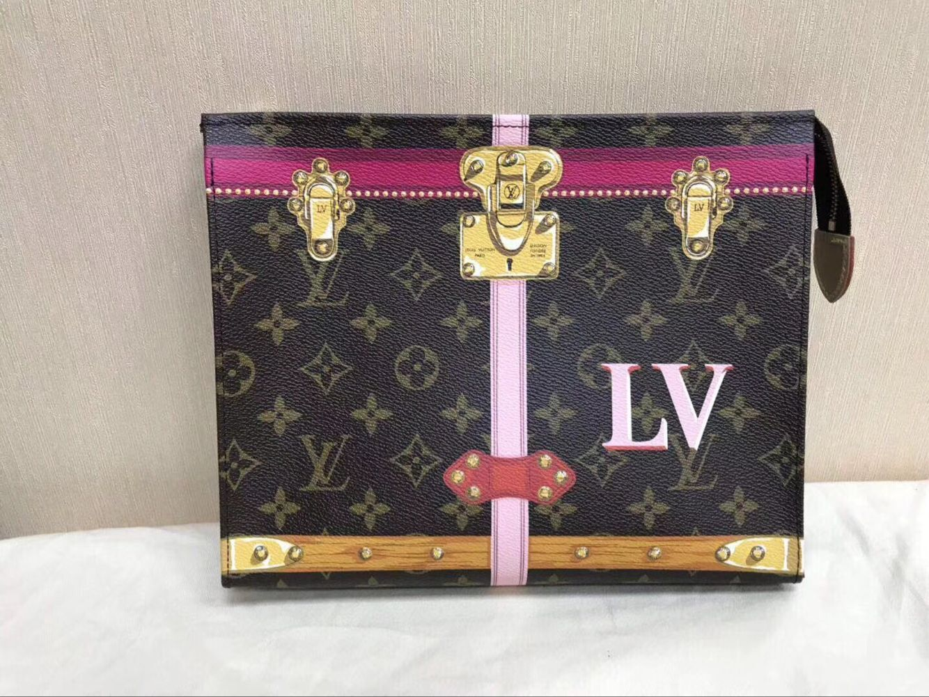 Louis Vuitton Limited Edition Toiletry Pouch 26 Summer Trunk 61692