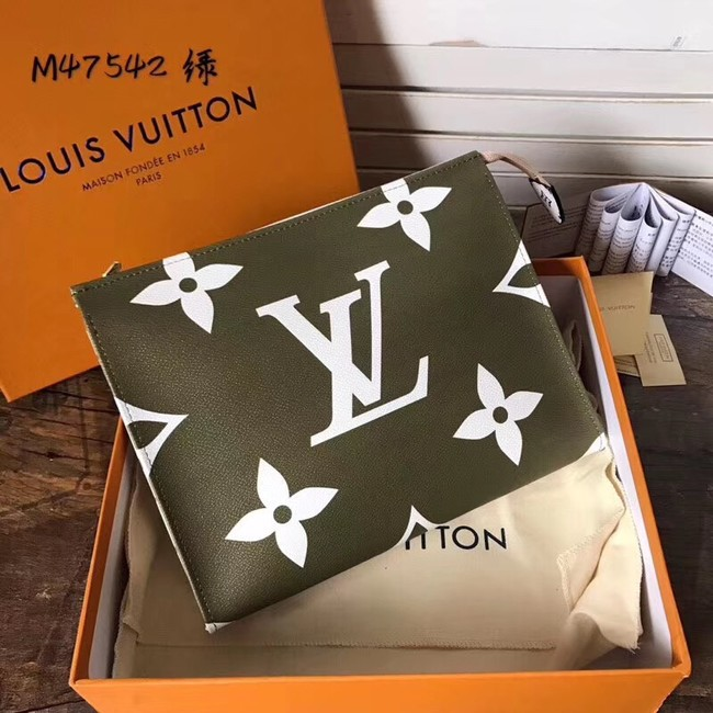 Louis Vuitton Monogram Pouch 26 m47542 Khaki