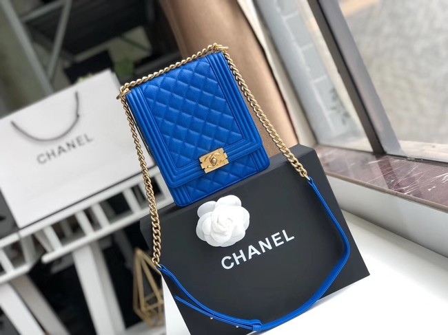 Boy chanel handbag Grained Calfskin & Gold-Tone Metal AS0130 blue