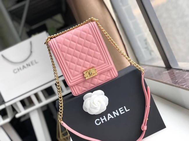 Boy chanel handbag Grained Calfskin & Gold-Tone Metal AS0130 pink