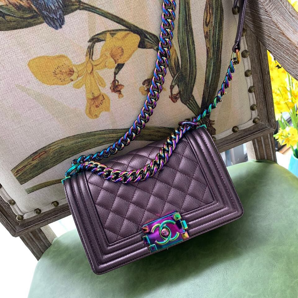 Boy Chanel Flap Shoulder Bag Sheepskin Leather A67085 Purple