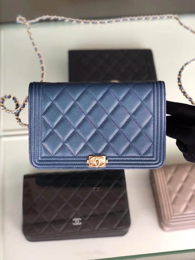 BOY CHANEL Original Wallet on Chain & Gold-Tone Metal B80287 blue