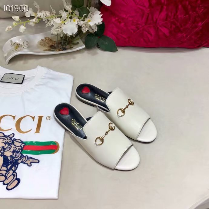 Gucci Leather slipper GG1535BL-1