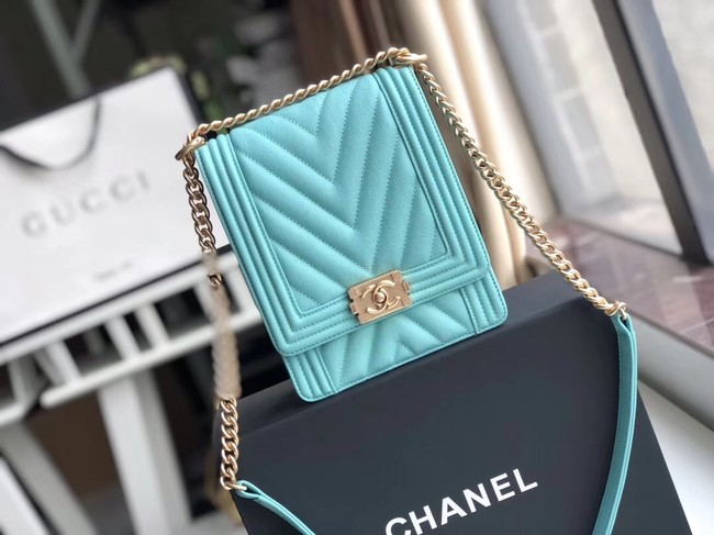 Boy chanel handbag Grained Calfskin & Gold-Tone Metal VS0130 sky blue