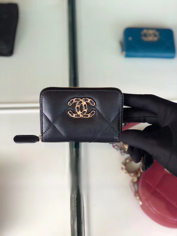Chanel 19 Zip Card bag AP0949 black