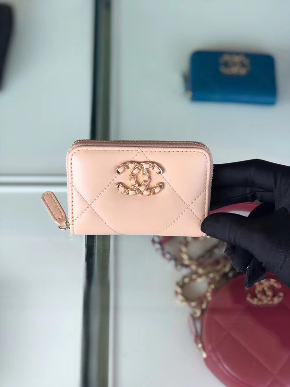 Chanel 19 Zip Wallet AP0949 pink