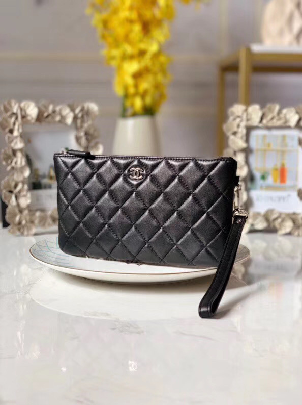 Chanel Lambskin Clutch Bag & silver-Tone Metal A010 black