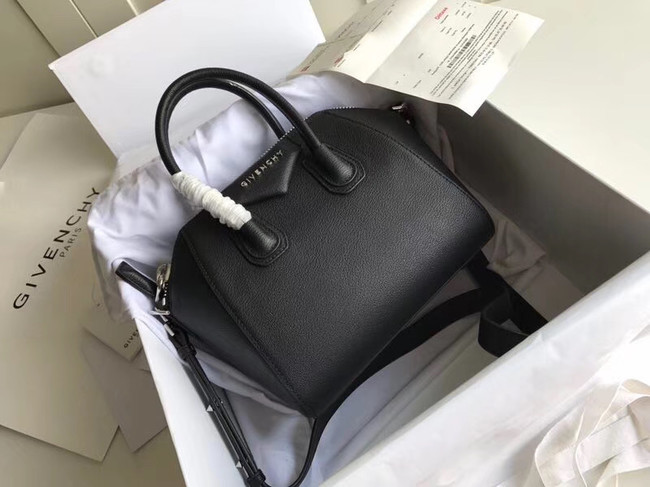 Givenchy Grained Calfskin Small Antigona Bag BB0511 black