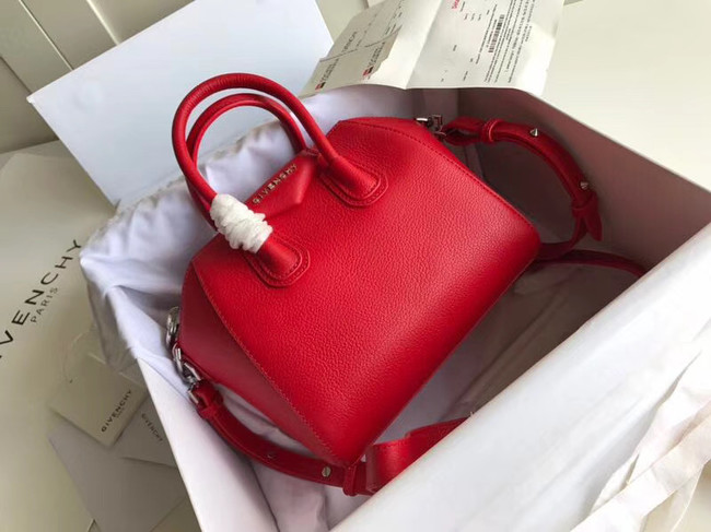 Givenchy Grained Calfskin Antigona Bag BB0511 red