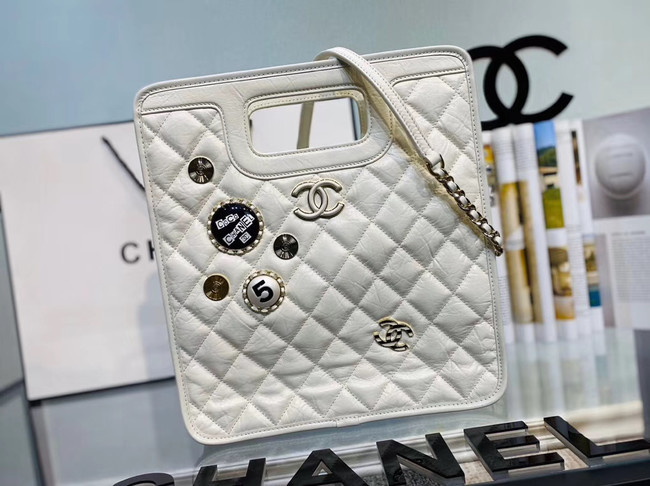 Chanel Original Soft Leather Bag & Gold-Tone Metal AS1431 white