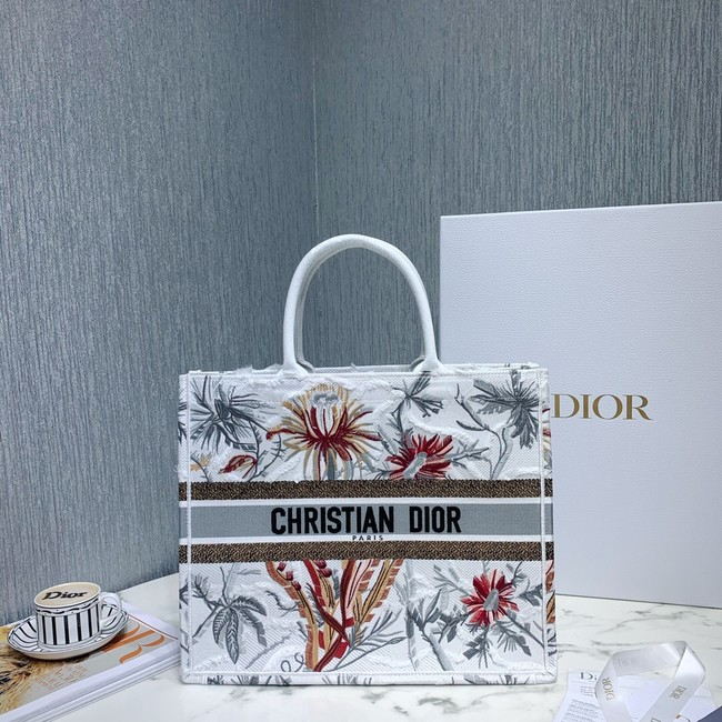 DIOR BOOK TOTE BAG IN EMBROIDERED CANVAS C1286-7