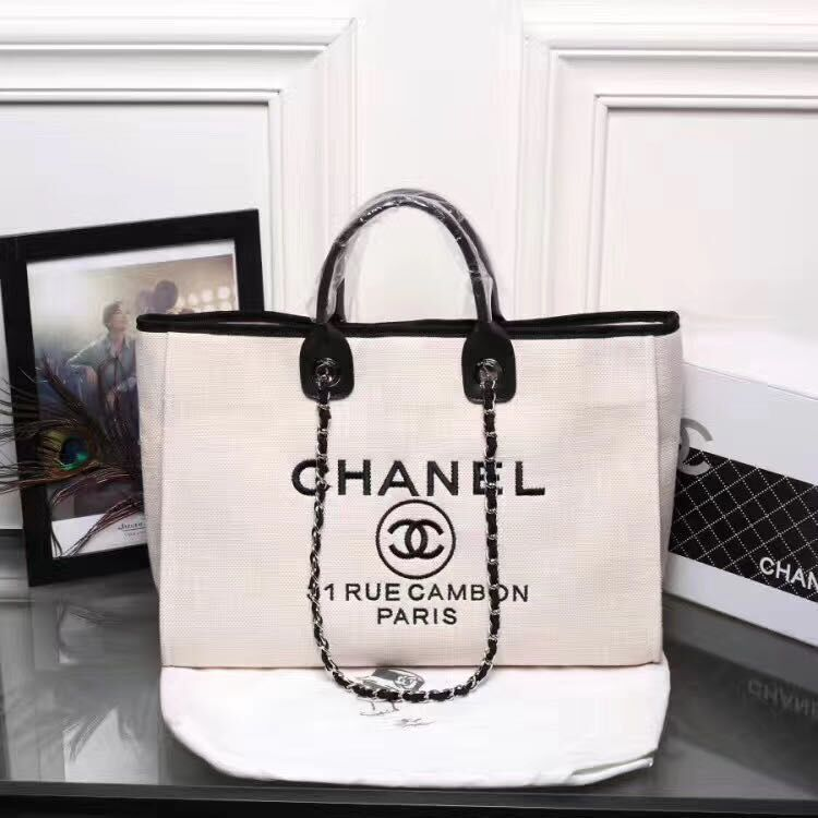 Chanel Shopping bag A66941 White