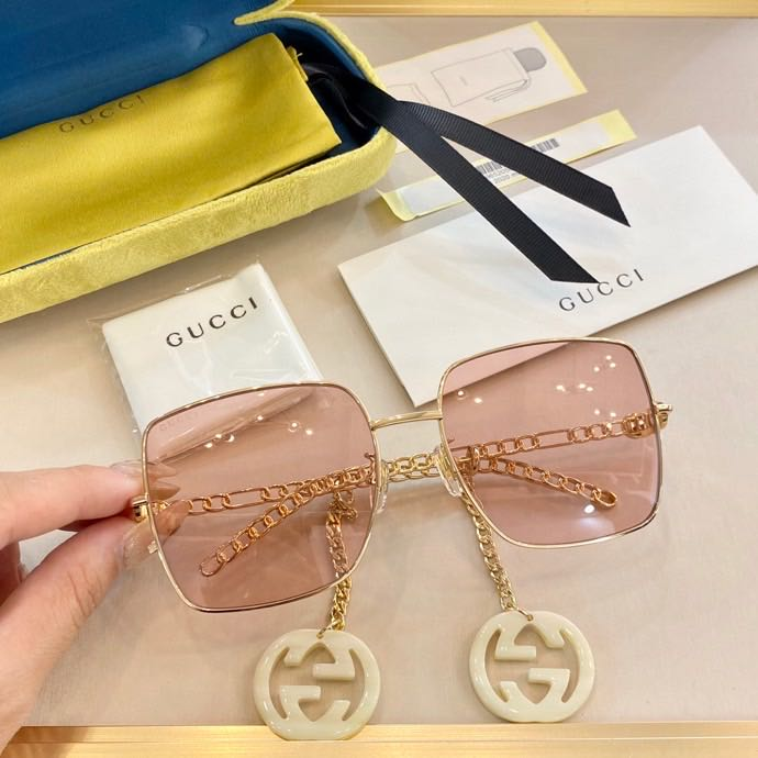 Gucci Sunglasses Top Quality GG8963_3