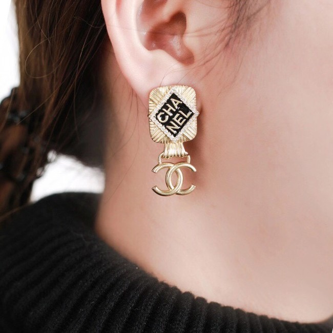 Chanel Earrings CE6453